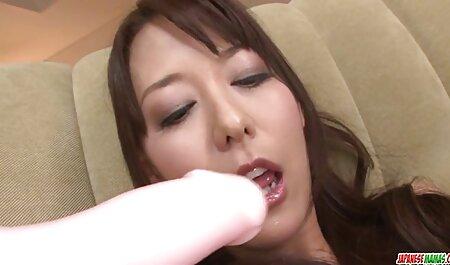 Premium bukkake - anđeo proguta 67 ogromnih gutljaja cumshots-a descarca porno gratis
