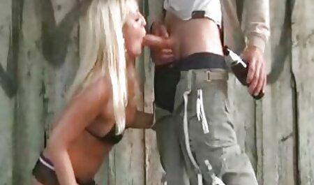 Prelijepa beba s dlakavom pičkicom gledati babe futute gratis porno video