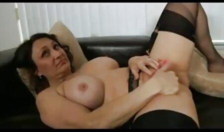 18-godišnja djevojka s ludo film streaming gratis xxx vrućim tijelom seksa dok je sluša