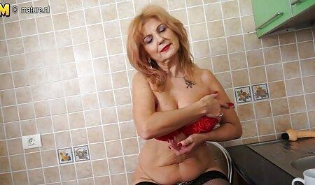 Lezbijke kupka i seksi troje futaiuricumature