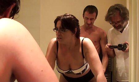 Nicole film pormo treba neki veliki penis u svojoj prehrani milf