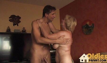 Veliki sise Milf film porno studente analni i svršavanje