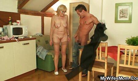 Horny vruće Kimber Lee filme porno online gratuite jebe penis s uggs i usta!