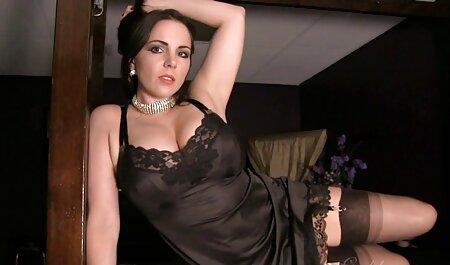 Layla Arch gratis sex fim dobiva svoju zrelu pičku nabrijanu
