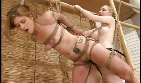 Gospodarica Sara Jay kažnjava jebeno roblje Ashley grijeh! pizde grase paroase