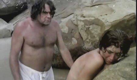 Mršava plavuša porno online noi u pantyhose jebe hardcore