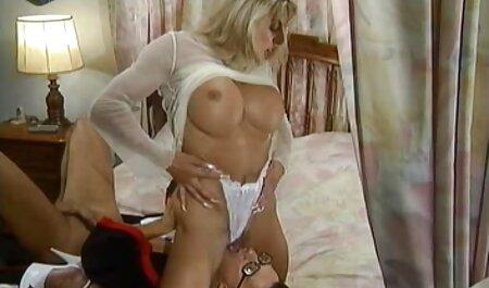 Prekrasna cutie Ella Hughes uzima veliki kurac porno romance gratis u svojoj pički