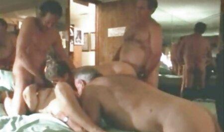Želim staviti ovaj kurac u usta! - Nikki je filme online subtitrate erotic u blizini