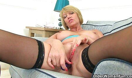 Blonde Brooke je fulme porn lijepo tijelo.