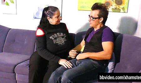 Supruga daje masažu penisa film cu grase i prostate