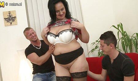 - Vruća prsata plavuša dobiva slučajnog film online xxx momka!