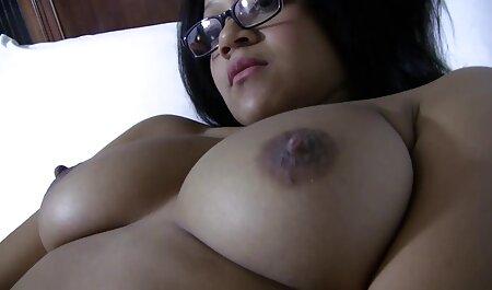 - mala film porno amatori prsata plavuša koja jaše strancu!
